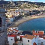 una ciudad junto al mar, cargada de historia