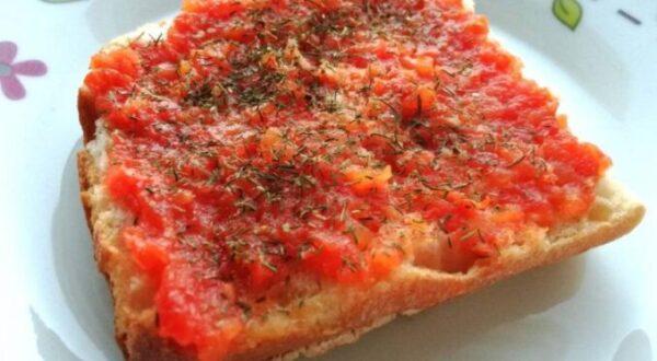 Resultado de imagen de Tostada con Tomate